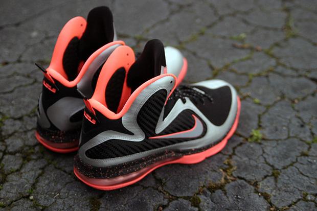 """Image of Nike LeBron 9 """"Bright Mango"""""""