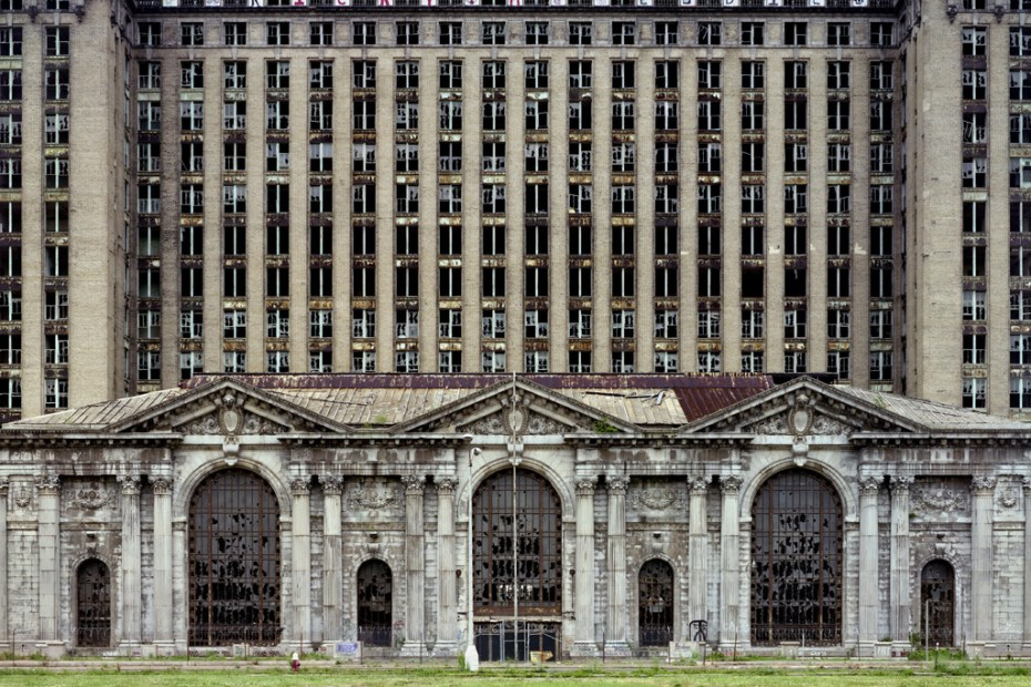 "Image of Yves Marchand & Romain Meffre: ""The Ruins of Detroit"" Exhibition @ Wilmotte Gallery"