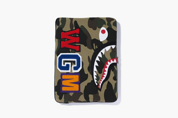Image of A Bathing Ape SHARK LAPTOP SLEEVE