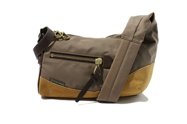 Image of EVER KHAKI 2012 Spring/Summer Shoulder Bag