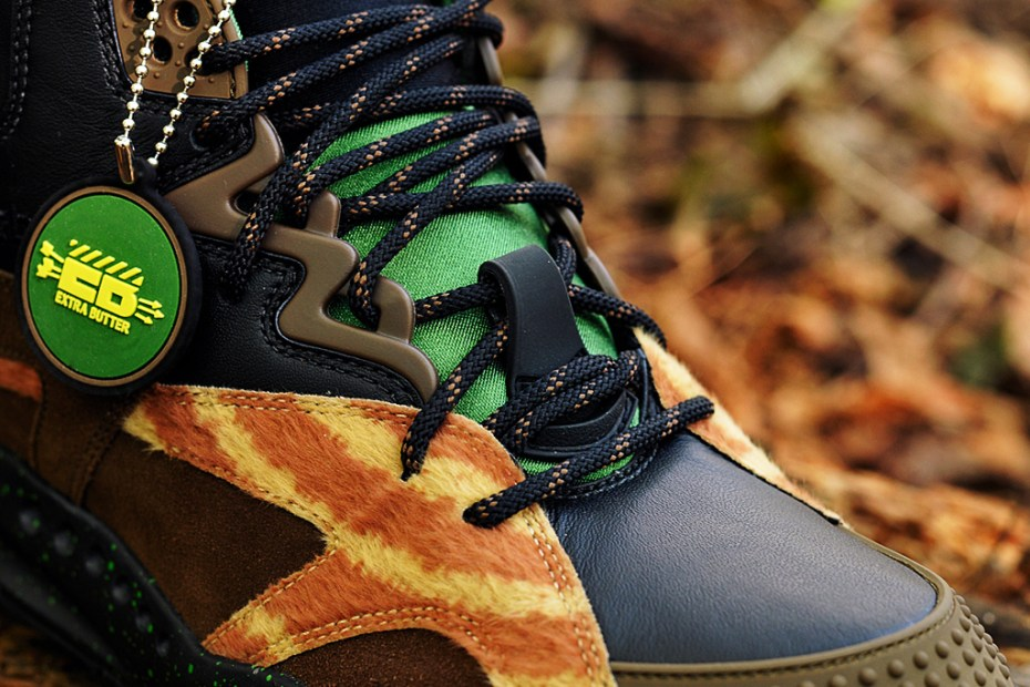"""Image of Extra Butter x Reebok OXT """"The Sheriff"""""""