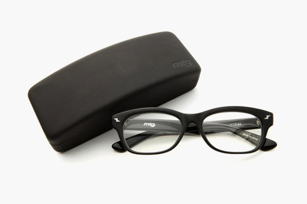 Image of montage x KANEKO OPTICAL Glasses