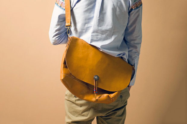 Image of rehacer Hand Made Leather Shoulder Bag