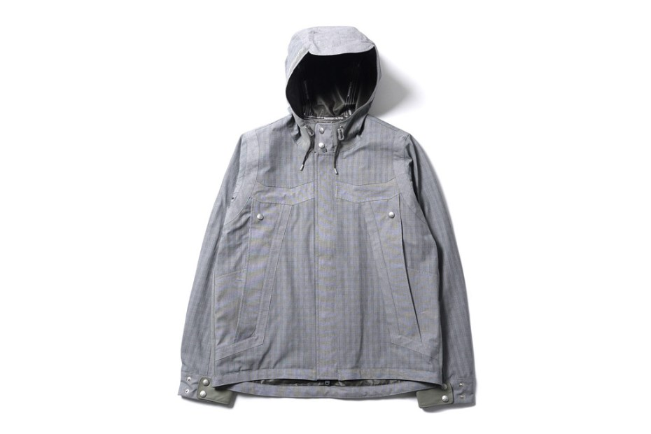 Image of White Mountaineering Paclite Typewriter Check Big Pocket Short Parka