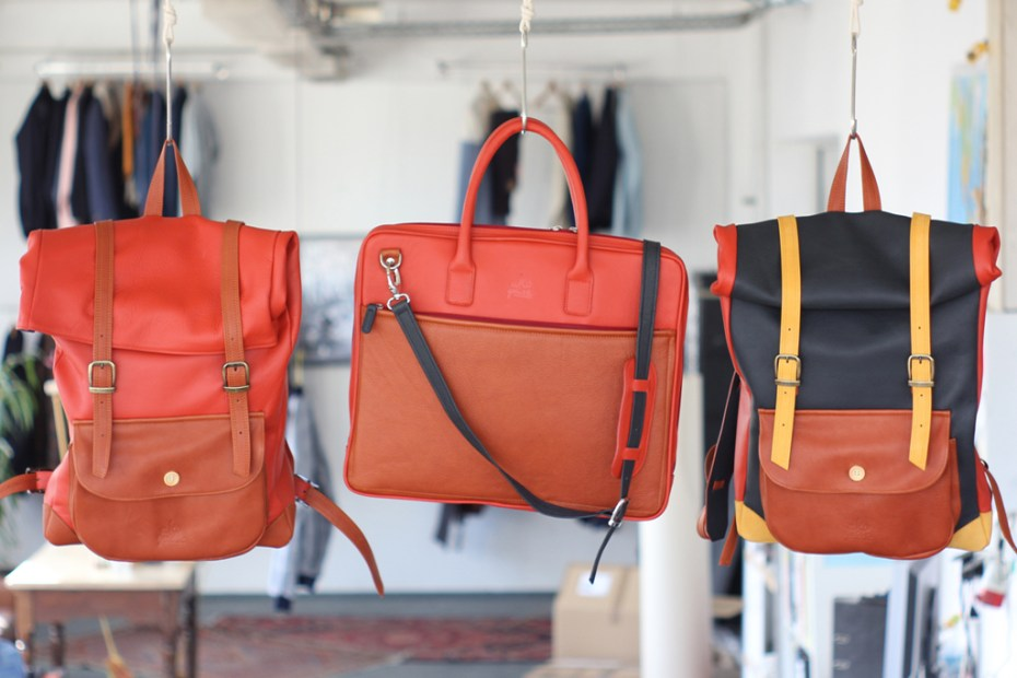 Image of A Kind of Guise 2012 Spring/Summer Color Leather Bags