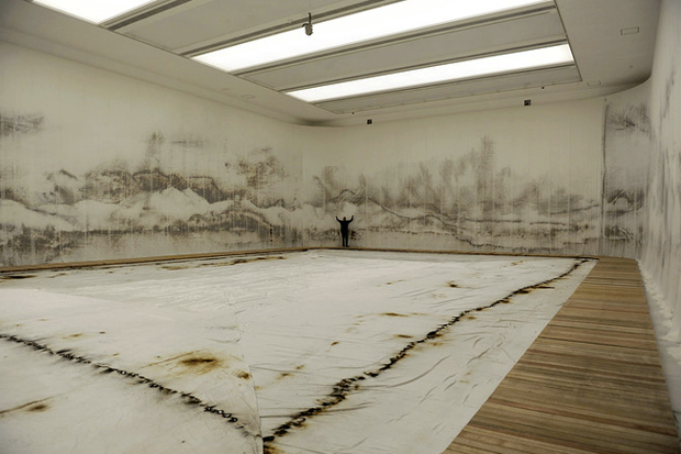 Image of Cai Guo-Qiang - Hangzhou's West Lake Made From Gunpowder