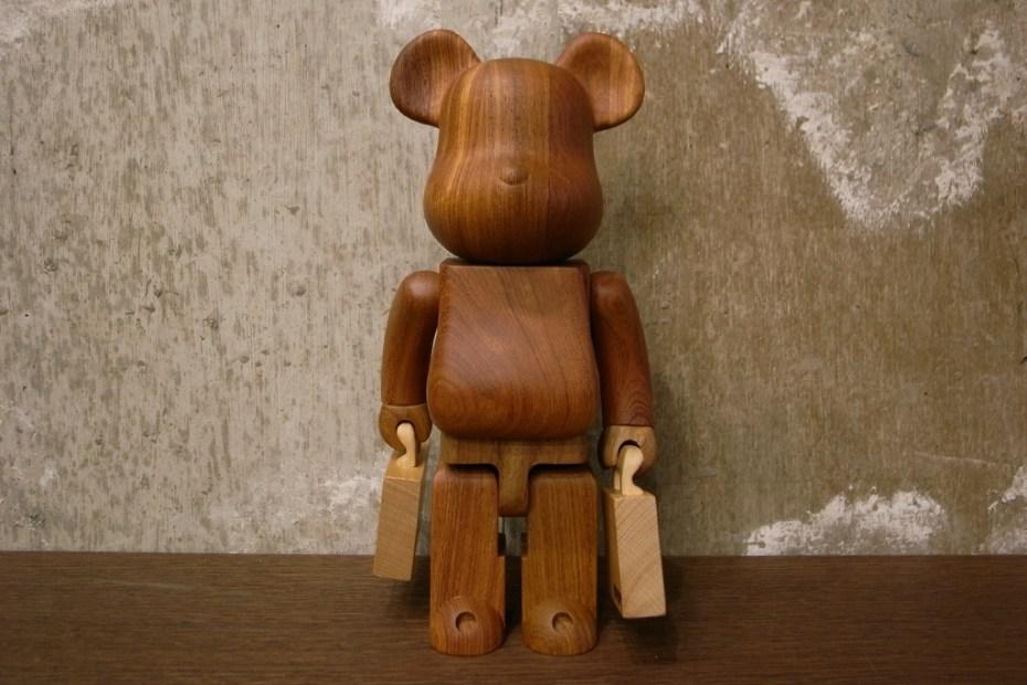 Image of Porter x Karimoku x Medicom Toy 400% Bearbrick