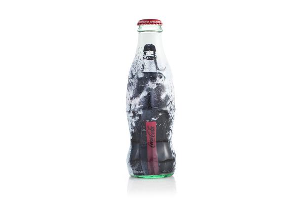 Image of Uniqlo x Coca-Cola Artist Can Collection