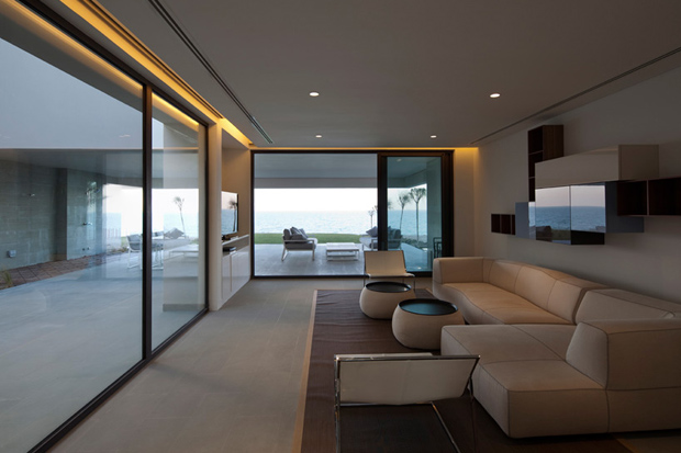 Image of S Cube Chalet by AGi Architects