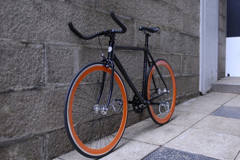 Image of Shanghai Tang x Colossi Cycling Fixed-Gear Bicycles