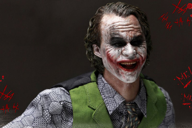 Image of The Joker 2.0 by Hot Toys