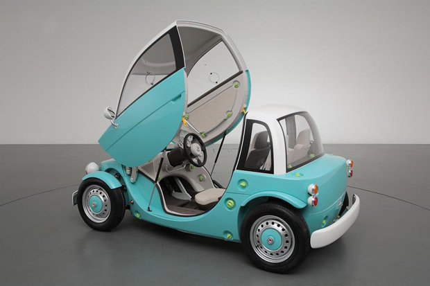 Image of Toyota Unveils Family Camatte Concept at 2012 Tokyo Toy Show