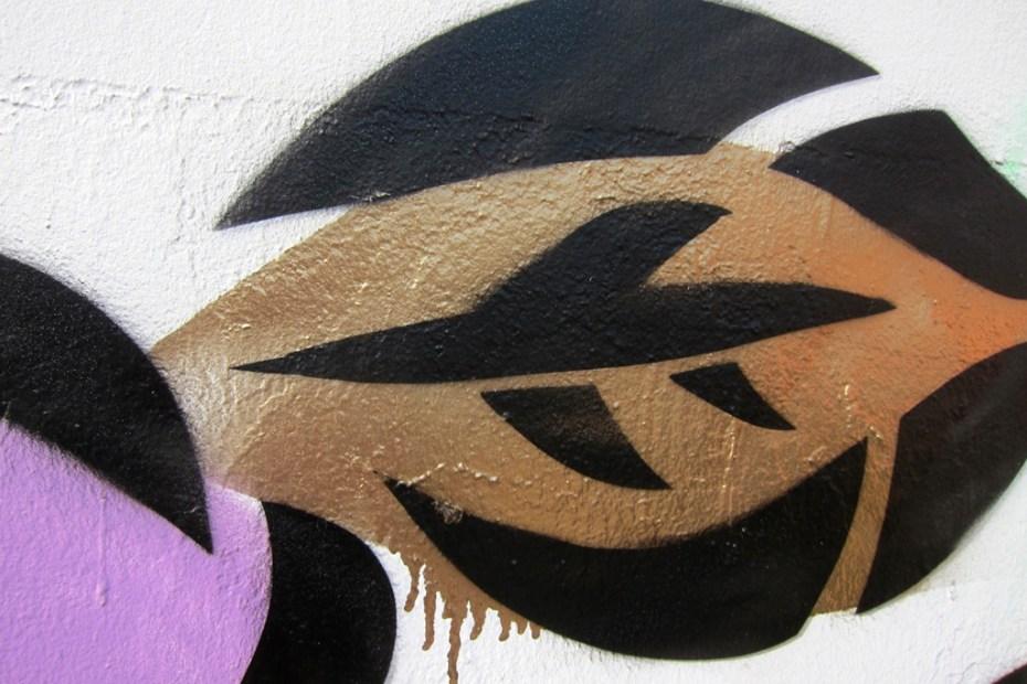 Image of Aiko Nakagawa Mural @ Bowery & Houston NYC Graffiti Wall