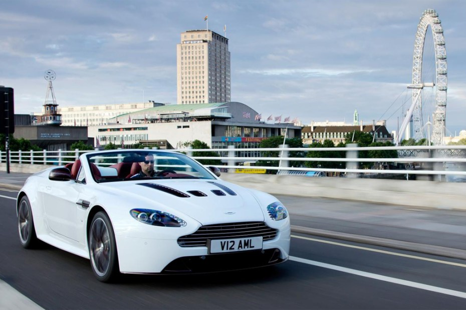 Image of Aston Martin 2013 V12 Vantage Roadster
