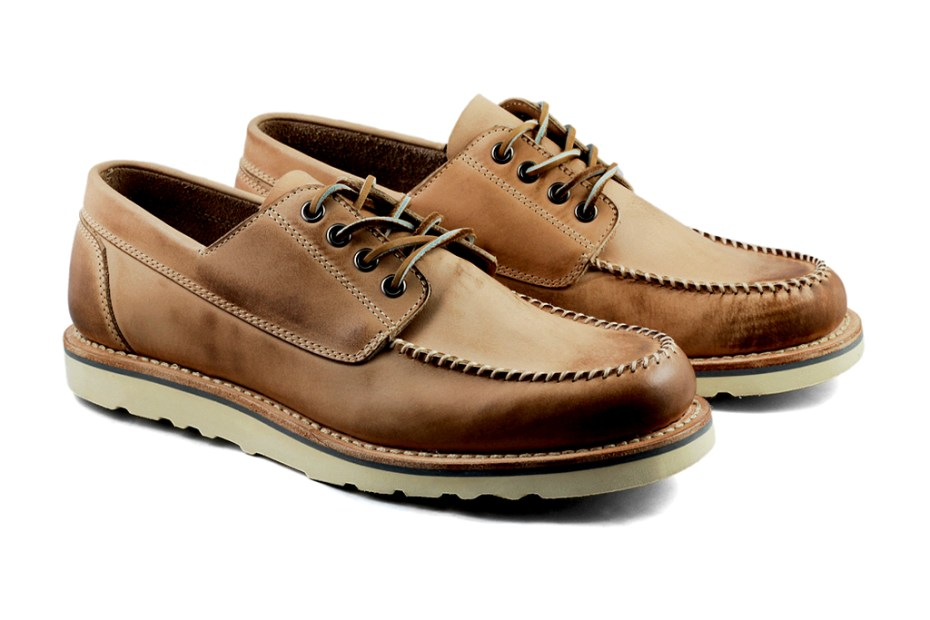 Image of BNV 2012 Spring/Summer 4 Eye Boat Deck Shoe