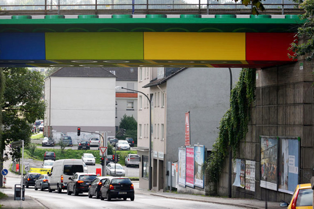 Image of Megx Creates LEGO Bridge in Germany