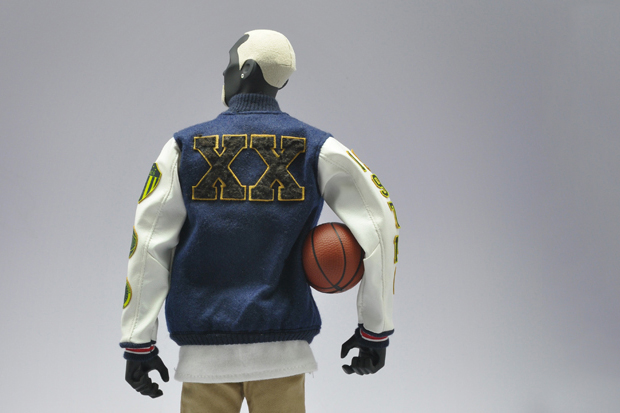"Image of Nike NSW x Coolrain ""Dream Team"" Figures featuring Kobe Bryant, LeBron James and Kevin Durant"