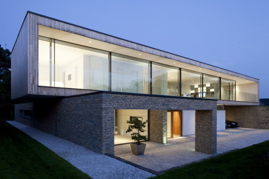 Image of Hurst House by John Pardey Architects and Strom Architects