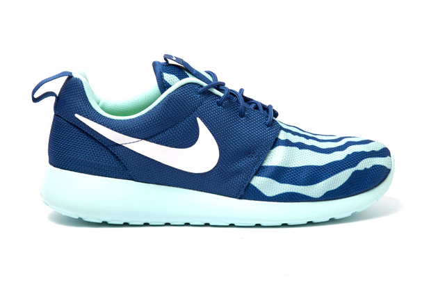 "Image of Nike Roshe Run ""Shorebreak"""
