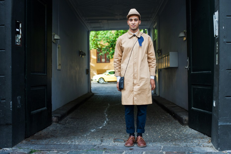 Image of Streetsnaps: Tan / Navy