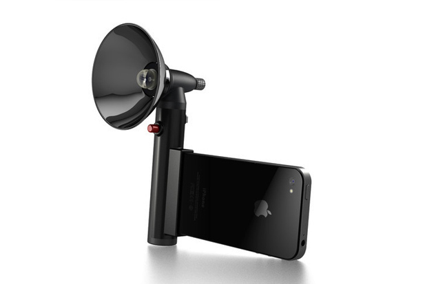 Image of The Paparazzo Light Means No More Grainy iPhone Photos