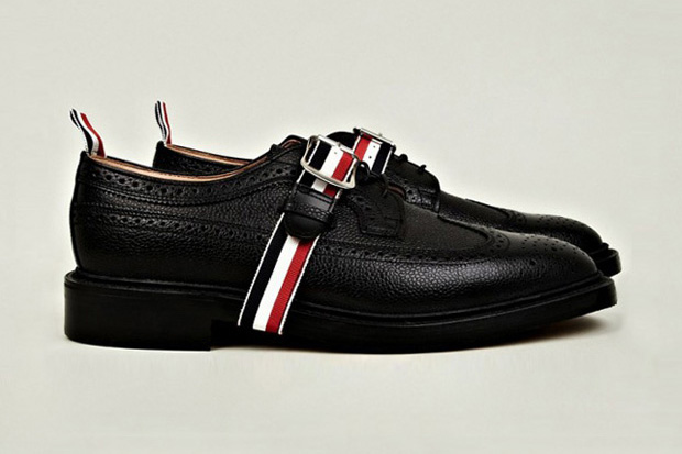 Image of Thom Browne Buckled Wingtip Brogue