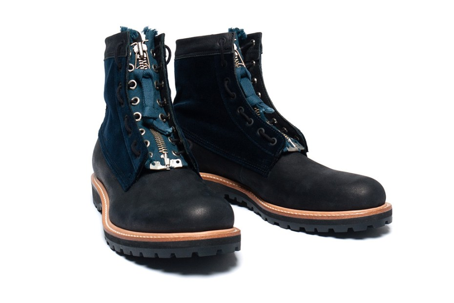 Image of UNDERCOVER J6F03 Boots