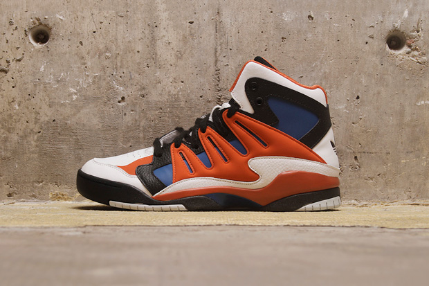 Image of adidas Torsion Attitude Orange/Royal