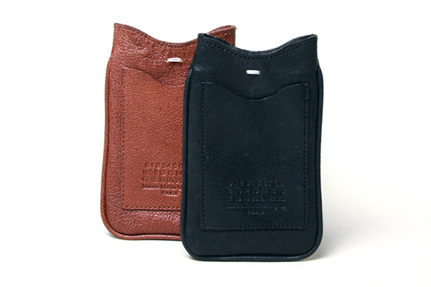Image of Maison Martin Margiela Leather Phone Pouch