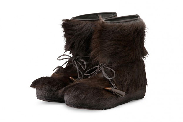 Image of Moncler Kills Chewbacca, Turns His Feet Into Designer Boots