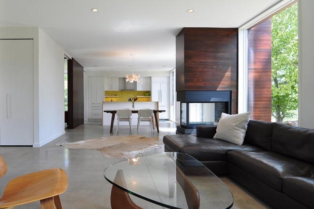 Image of Nexus House by Johnsen Schmaling Architects
