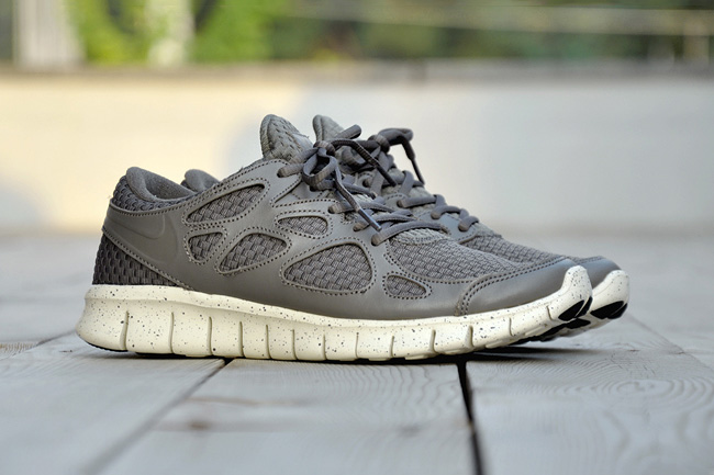 Image of Nike Free Run +2 Woven LTR TZ