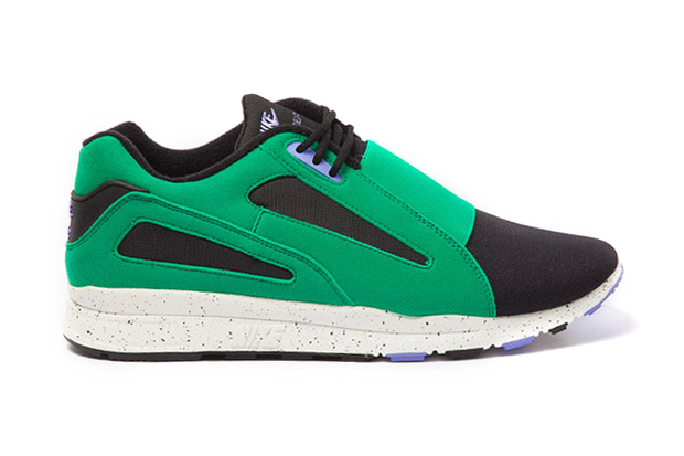 "Image of Nike Sportswear Air Current ""Stadium Green"""