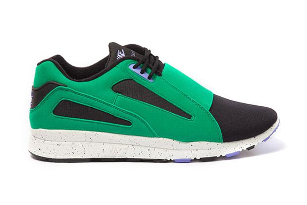 "Image of Nike Sportswear Air Current ""Stadium Green"""