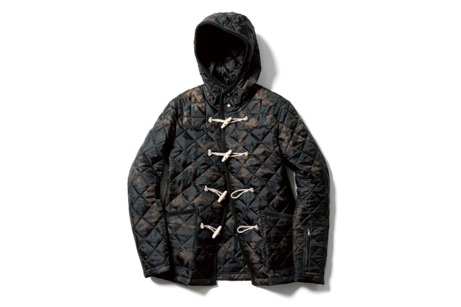 Image of SOPHNET. CAMOUFLAGE QUILTING DUFFLE BLOUSON