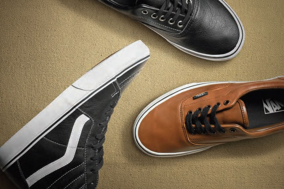 Image of Vans Classics 2012 Holiday Aged Leather Pack