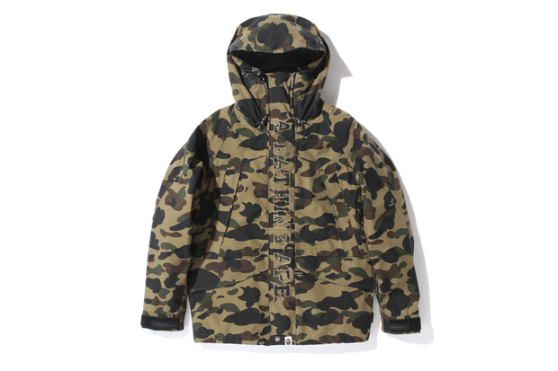 Image of A Bathing Ape 1ST CAMO GORE-TEX SNOW BOARD JACKET