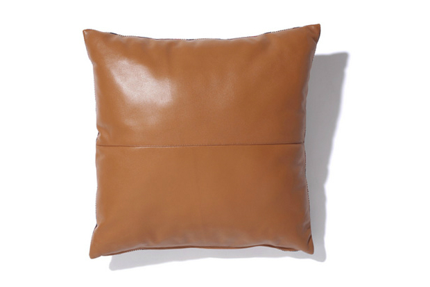 Image of A Bathing Ape 2012 Fall/Winter LEATHER × BAPE CHECK CUSHION