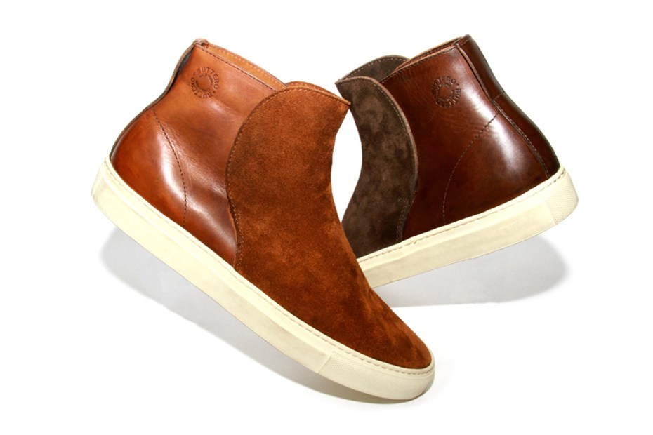 Image of Buttero 2012 Fall/Winter Slip-On Chukka Sneaker
