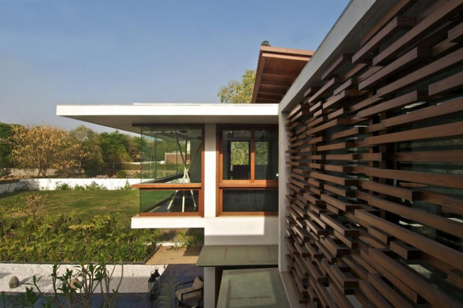 Image of Courtyard House by Hiren Patel Architects