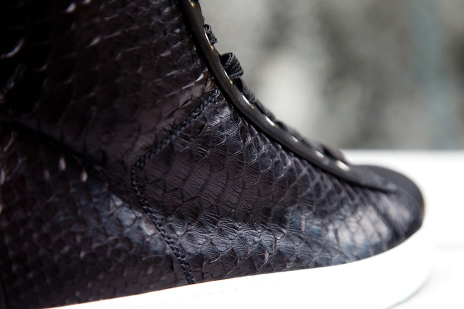 Image of Gianvito Rossi 2012 Fall/Winter Leather Woven Sneaker
