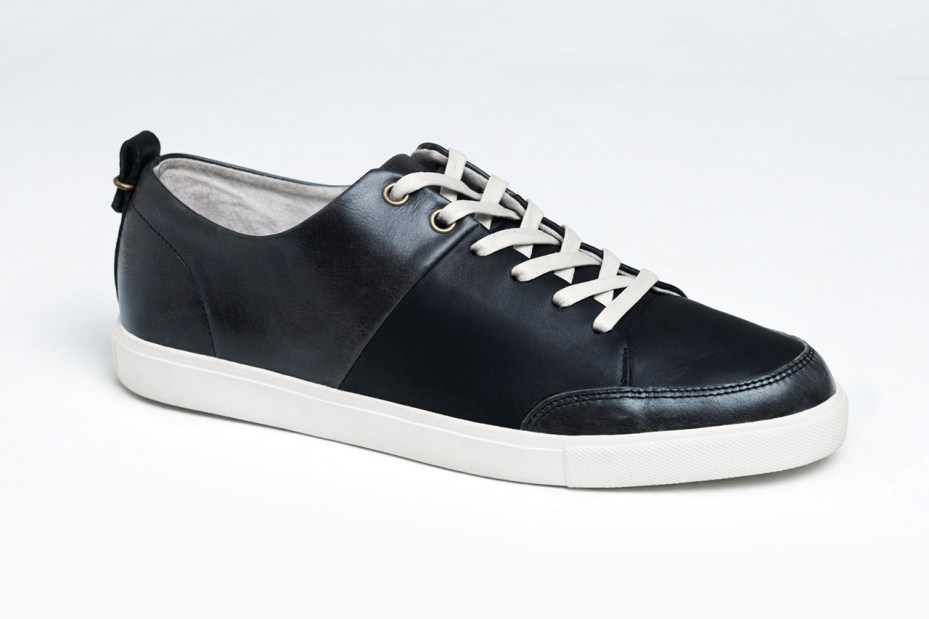 "Image of Haerfest Continues Their ""Alpha Experiment"" with These Minimalist Leather Sneakers"