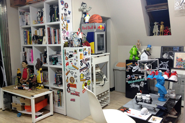 Image of Sophia Chang Visits CoolRain's Studio in Seoul, South Korea