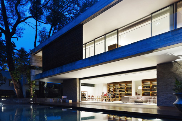 Image of JKC1 House by Ong & Ong