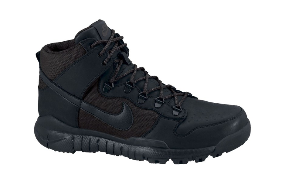 "Image of Nike Dunk High OMS ""Blackout"""