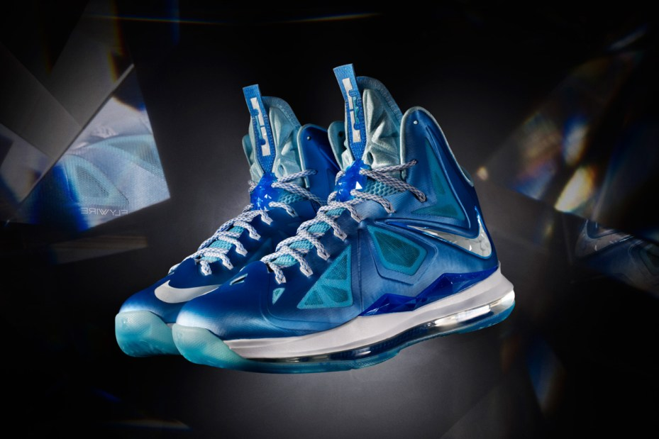 Image of Nike Introduces the LeBron X