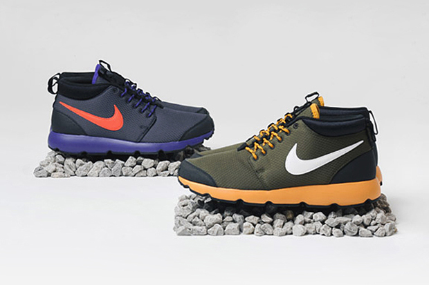 Image of Nike Sportswear 2012 Holiday Roshe Run Trail