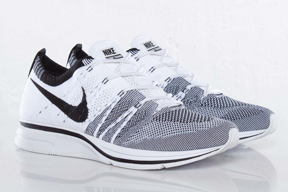 Image of Nike Flyknit Trainer+ Black/White
