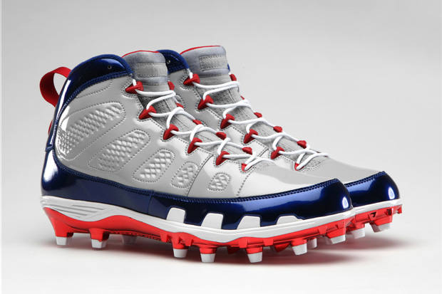 Image of Jordan Brand Retro IX Football Cleats