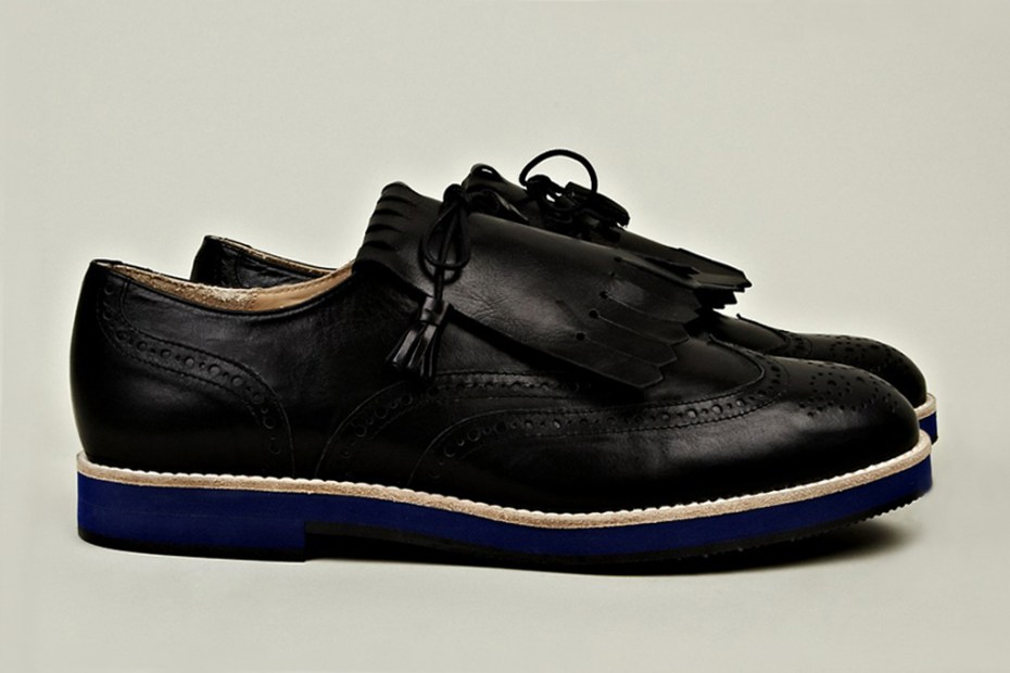 Image of T&amp;F Slack Shoemakers Kiltie Golf Shoe